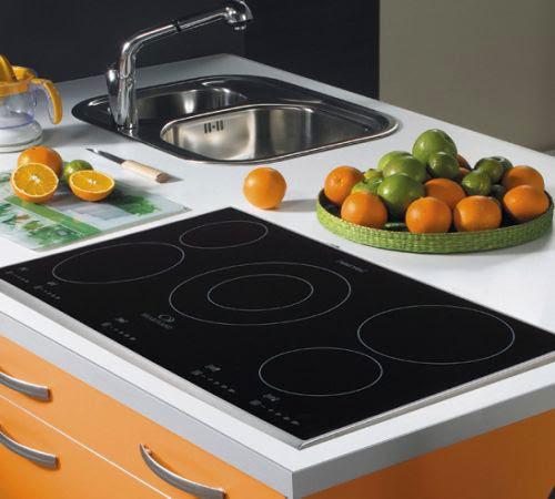 Bếp điện từ Teka với mặt kính dày, chịu nhiệt tốt, thiết kế đẹp mắt