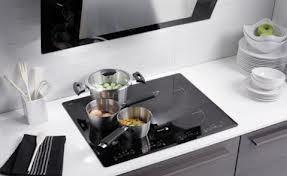 Có hay không nên thay thế bếp ga bằng bếp điện từ