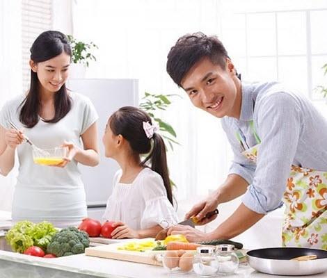 Đàn ông biết nấu ăn là người yêu đời và yêu vợ <3